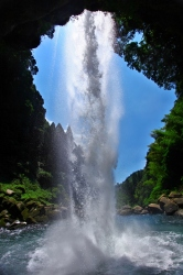龍馬とお龍が新婚旅行で訪れた犬飼滝