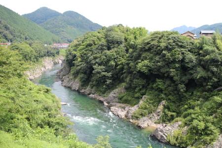 JR高山線の車窓からの風景